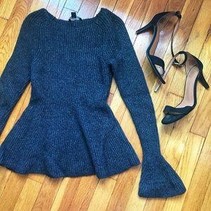 Anne Taylor peplum bell sleeve sweater size XSmall